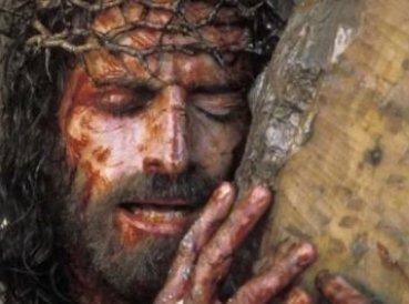 """Jim Caviezel confiesa sufrimientos físicos que pasó en """"La Pasión de Cristo"""""""