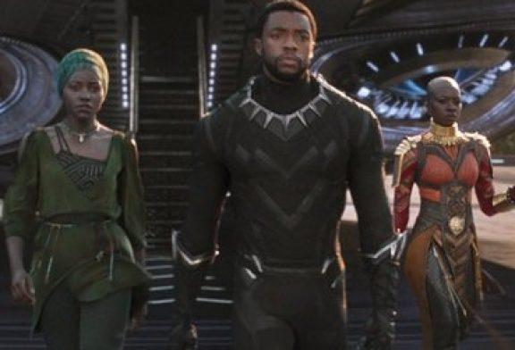 """Iglesias negras llevan fieles a los cines para ver """"Pantera Negra"""""""