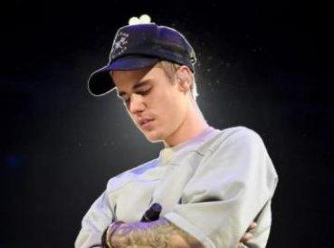 """Justin Bieber: """"La Pascua no es sobre un conejo, Jesús murió en la cruz por mis pecados"""""""