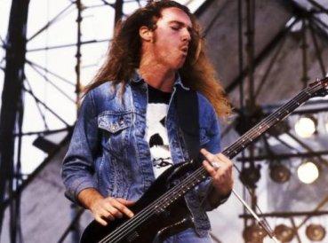 Ex bajista de Metallica tuvo un encuentro con Dios antes de morir, dice su hermana