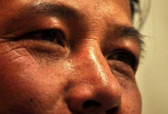 Budistas obligan a pastor a beber orina de vaca