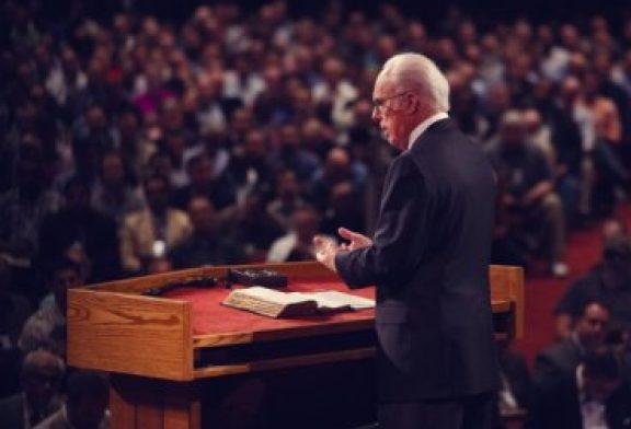 "John MacArthur: ""Racismo un problema en la iglesia evangélica"""