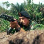 Guerrillero de FARC impactado por Dios tras no poder matar a pastor