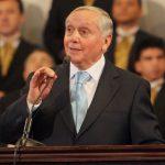 Chile: Obispo Durán criticado duramente por recibir 45 mil dólares en diezmos al mes