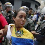 Iglesias intervienen para ayudar a personas que huyen del caos en Venezuela