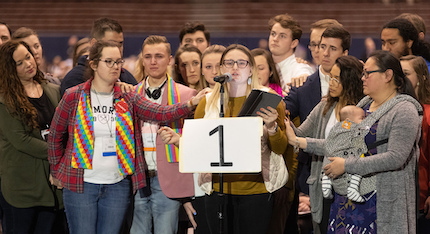 La Iglesia Metodista Unida rechaza el matrimonio homosexual en una votación ajustada