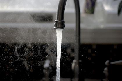 Más de dos mil millones de personas siguen esperando su agua
