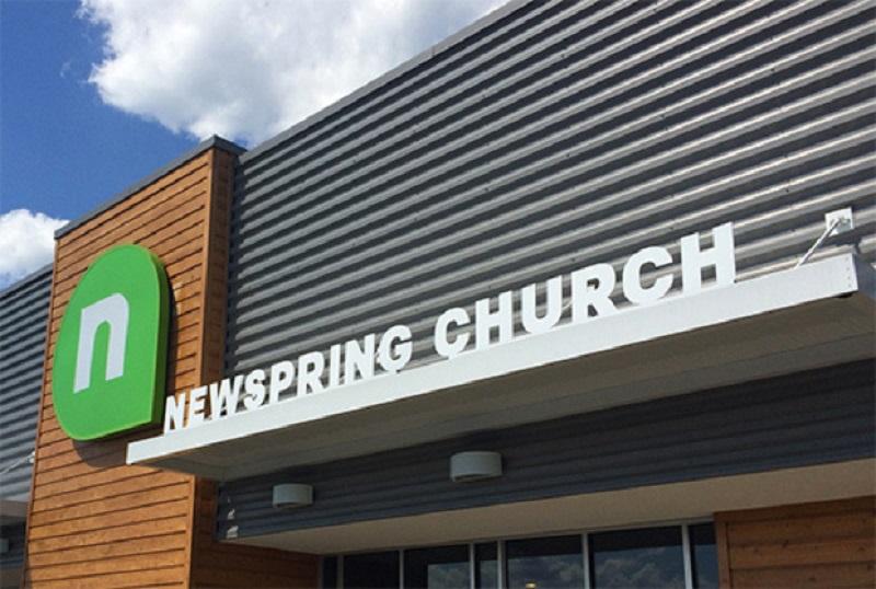 Iglesia NewSpring es demandada tras descubrirse este secreto