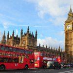 """Reino Unido niega asilo a refugiado cristiano, alegando que la Biblia no es """"pacífica"""""""